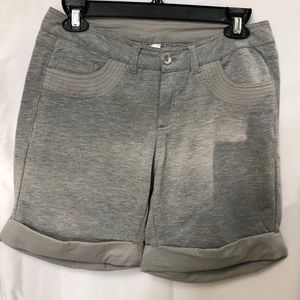 Monoreno Grey Shorts with Pockets